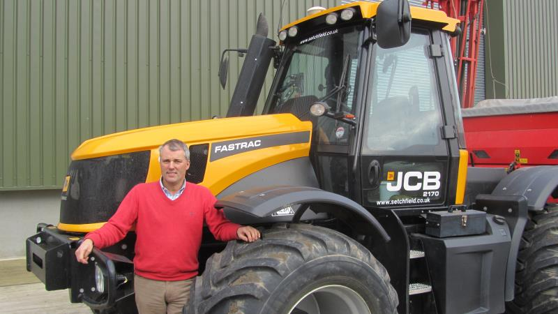 Andrew Ward with JCB_26259