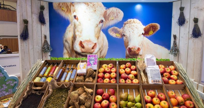 produce with cows at conservative party conference resized_57652