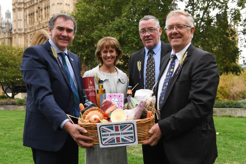 Minette Batters and leaders of UK Farming Unions with BBF hamper Back British Farming Day 2018_57376