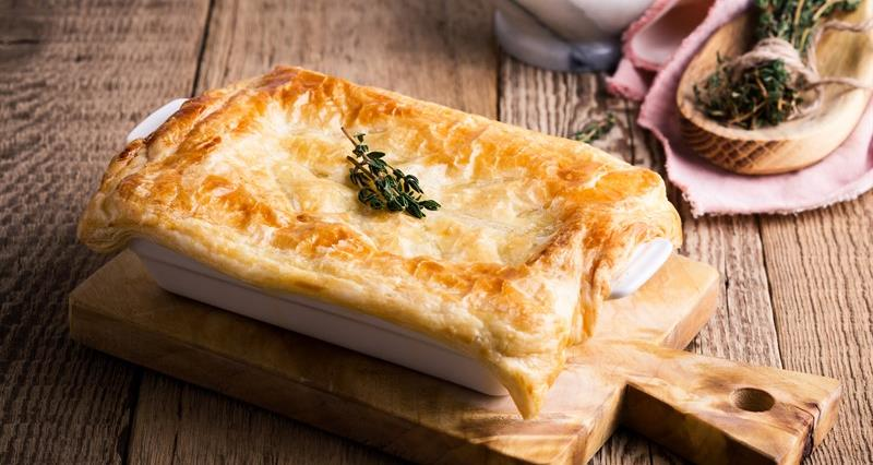 Turkey, leek and mushroom pie