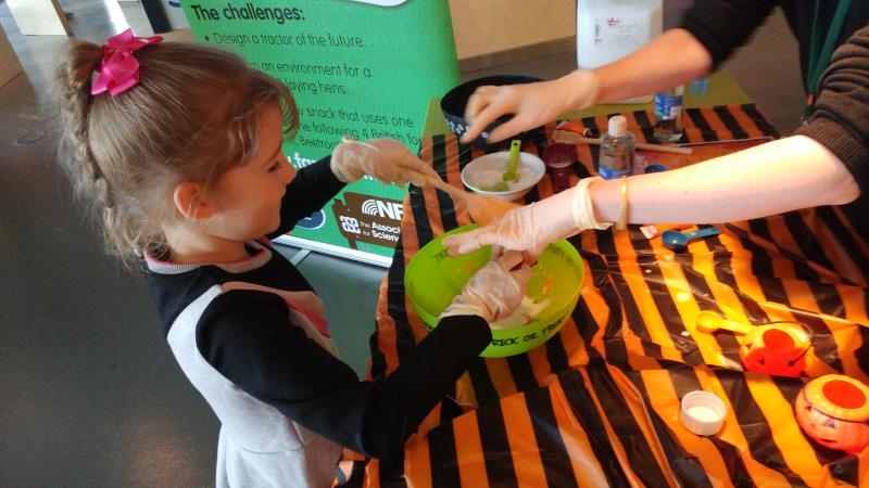 pumpkin slime making_58185
