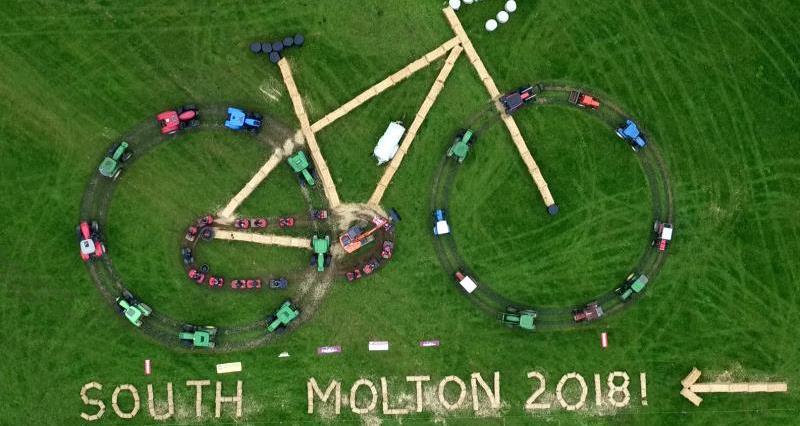 South Molton tractor display_57132