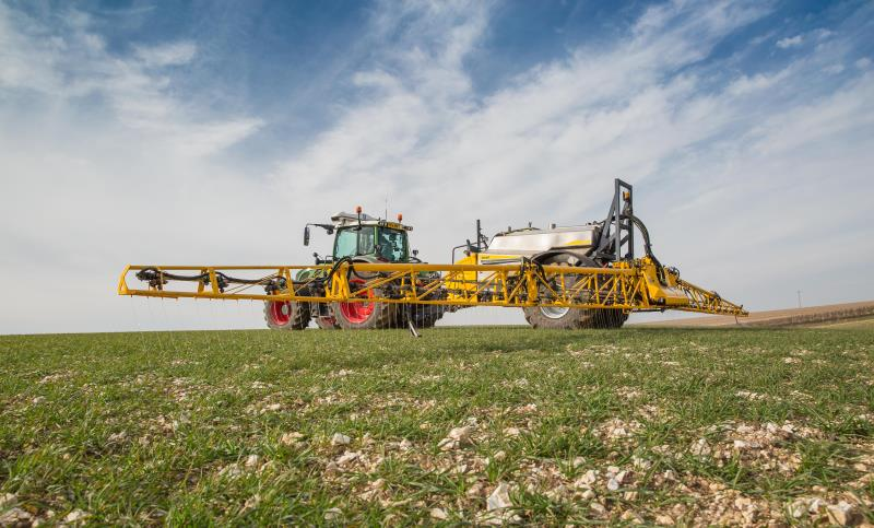 chafer sprayer, pesticides, glyphosate, pest, arable, machinery_43028
