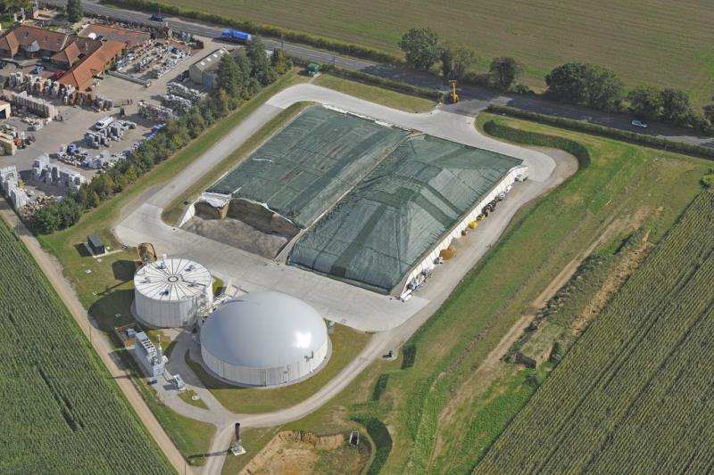 UK AD and Biogass 2014, aerial shot of farm with AD plant, Spring Farm_22989