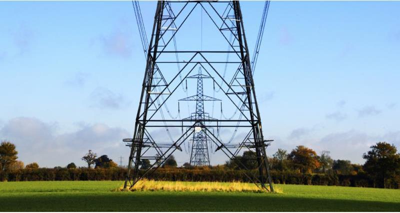 electricity pylon, web crop_40393