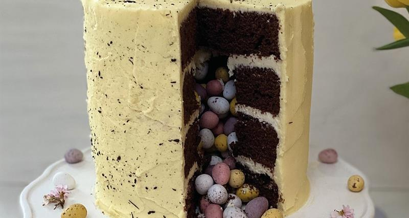 Speckled egg Easter cake